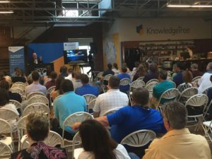 a-full-house-at-the-triangle-marketing-club-event-300x225